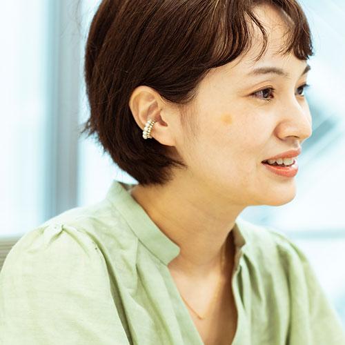 篠田真友子